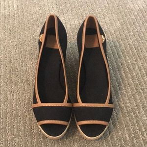 Brand new Tory Burch wedges, size 6!